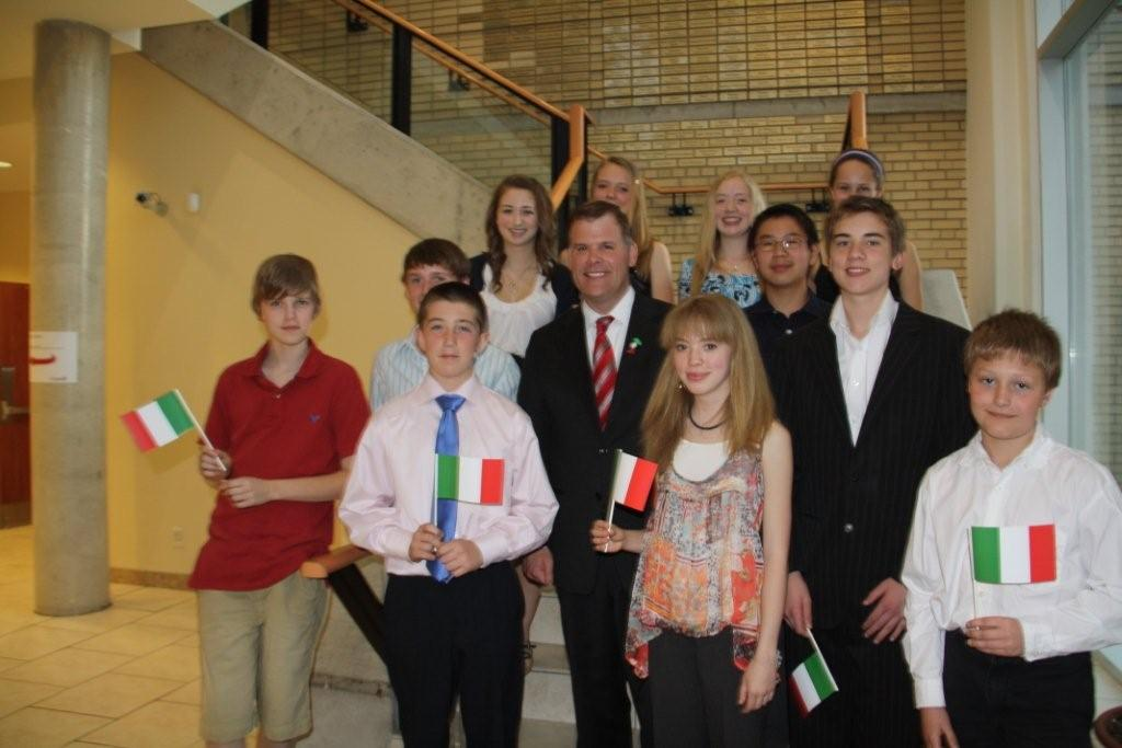 Festa a Roccamontepiano (Chieti) per gli studenti canadesi di Ottawa