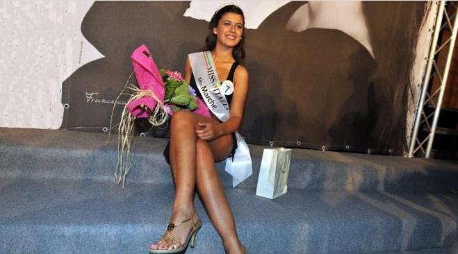 Susanna Faenza e' Miss Marche, 19enne abruzzese