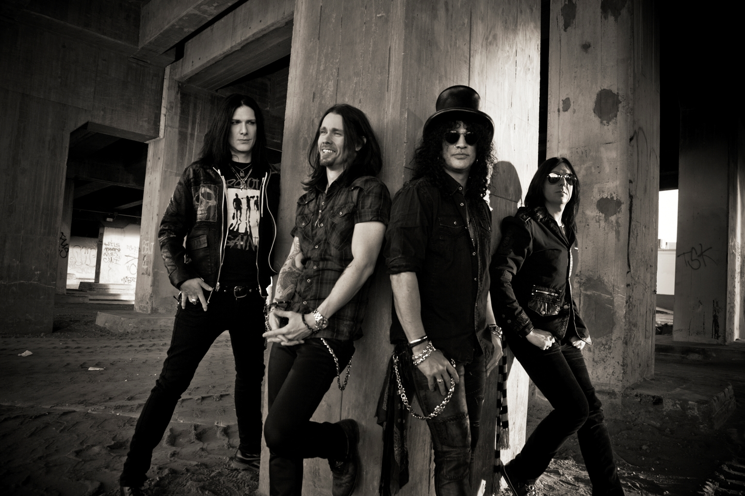 slash-group_photo_2012_large_by_travis_shinn