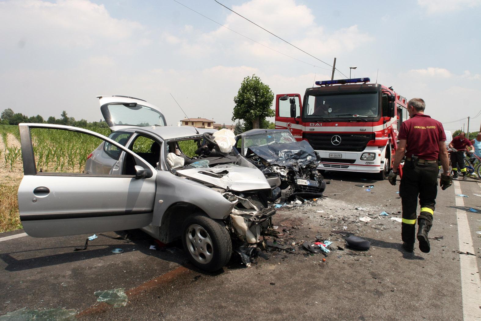 Incidenti stradali: più 20enni tra scontri mortali