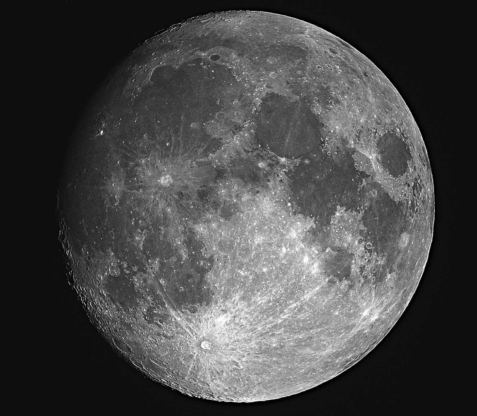 E' il Sole che bagna la Luna