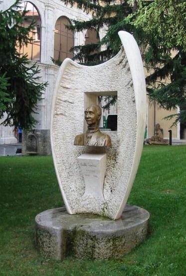 Ricordo dello scultore e pittore aquilano Pio Iorio