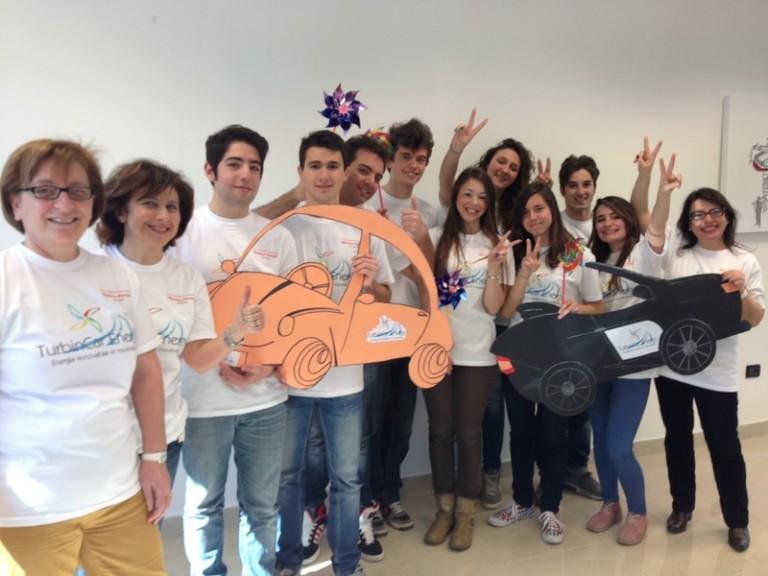 foto alunni e insegnanti Polo Scientifico e tecnologico Sulmona