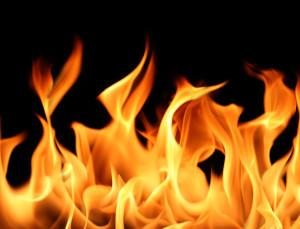 Fire challenge ossia la nuova sfida che impazza tra i giovani che si diffonde sul web
