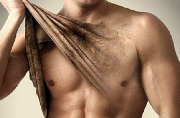 """Medicina estetica: boom epilazione maschile totale tra giovanissimi. Gambe grosse: """"dipende dalla genetica"""""""