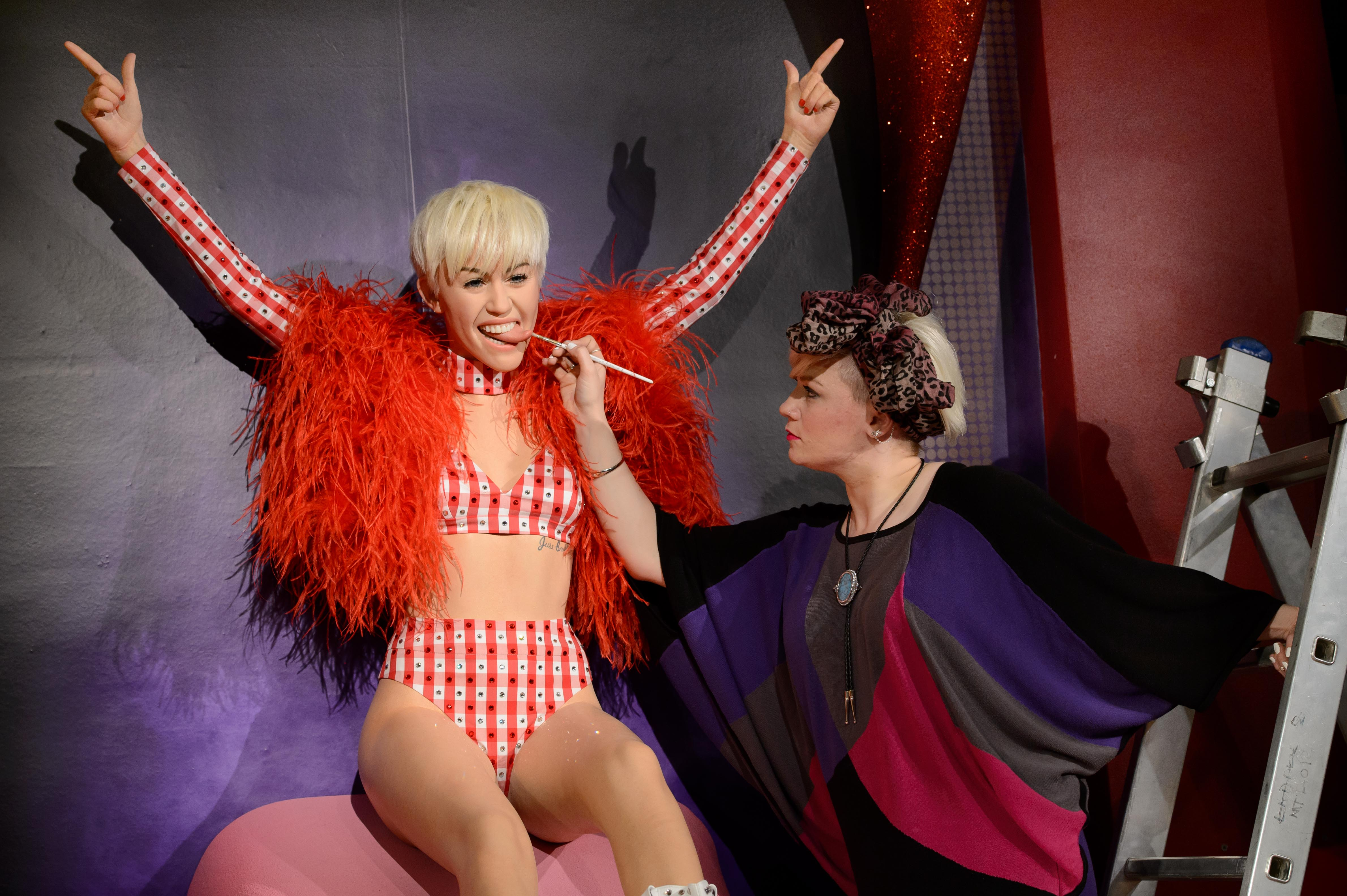 Madame Tussauds Unveil Miley Cyrus Wax Figure