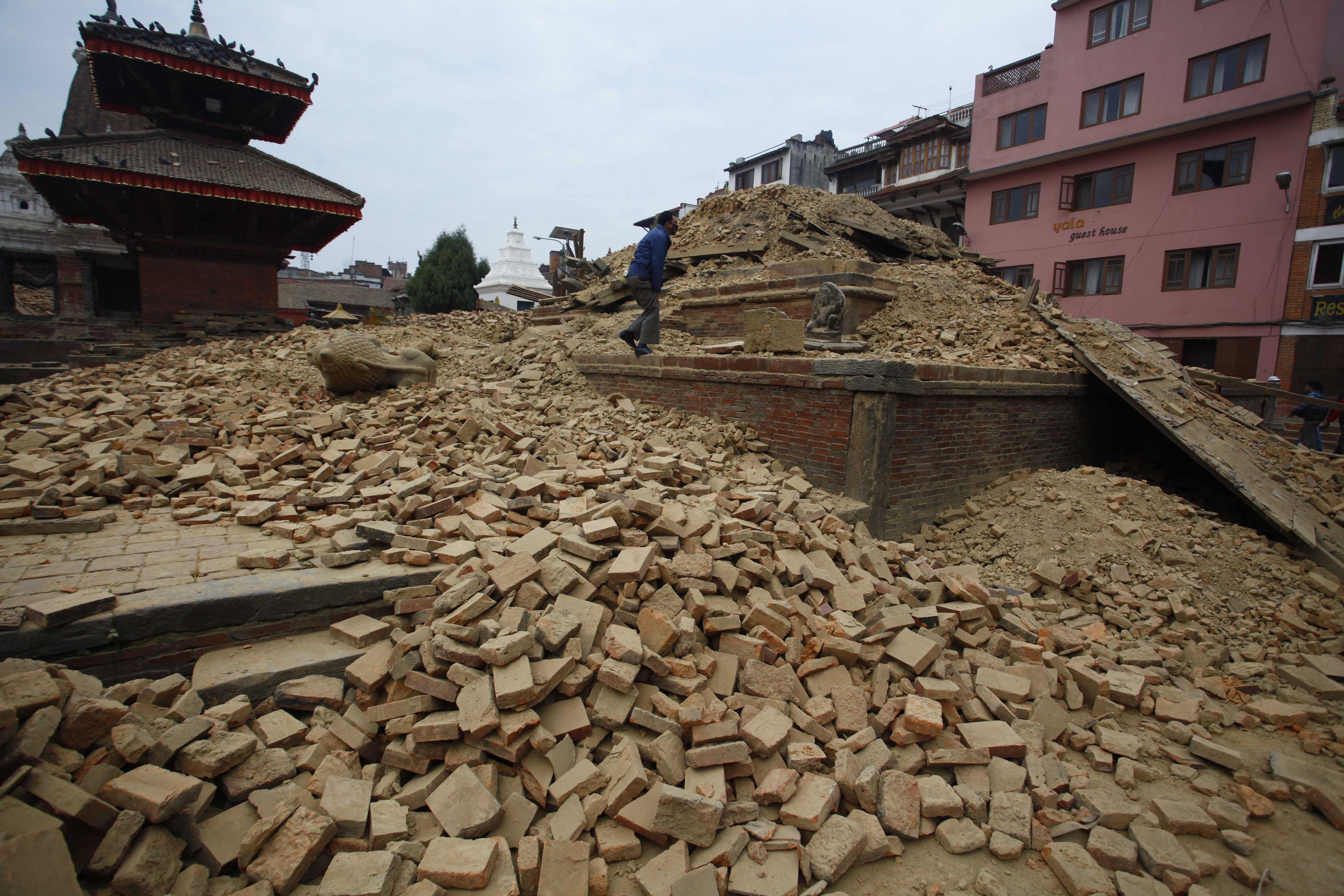 Deadly Nepal Earthquake Kills Thousands
