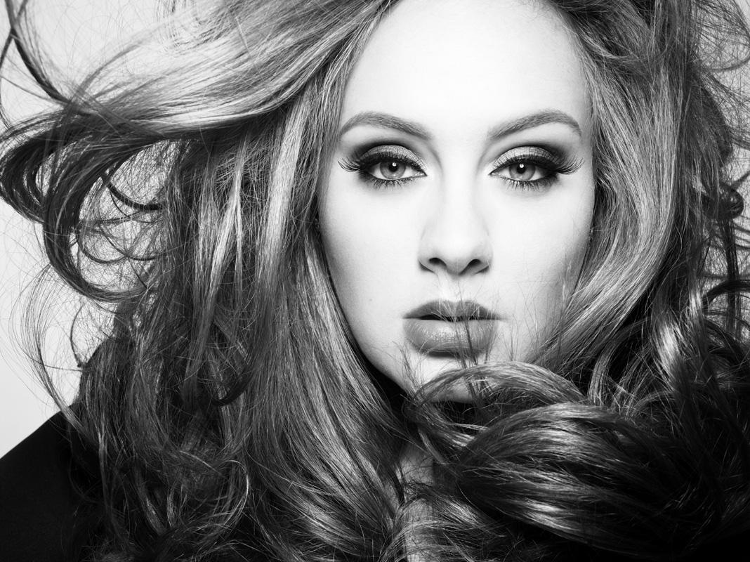 Adele: esce oggi l'album '25'