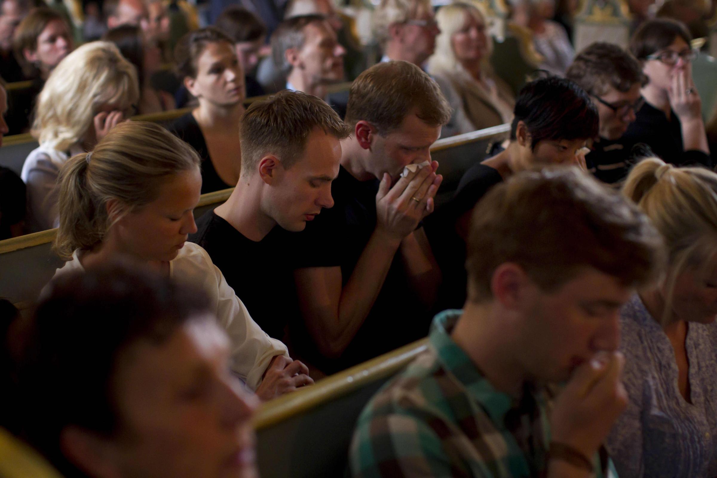 Parigi: dai musulmani una preghiera contro le stragi