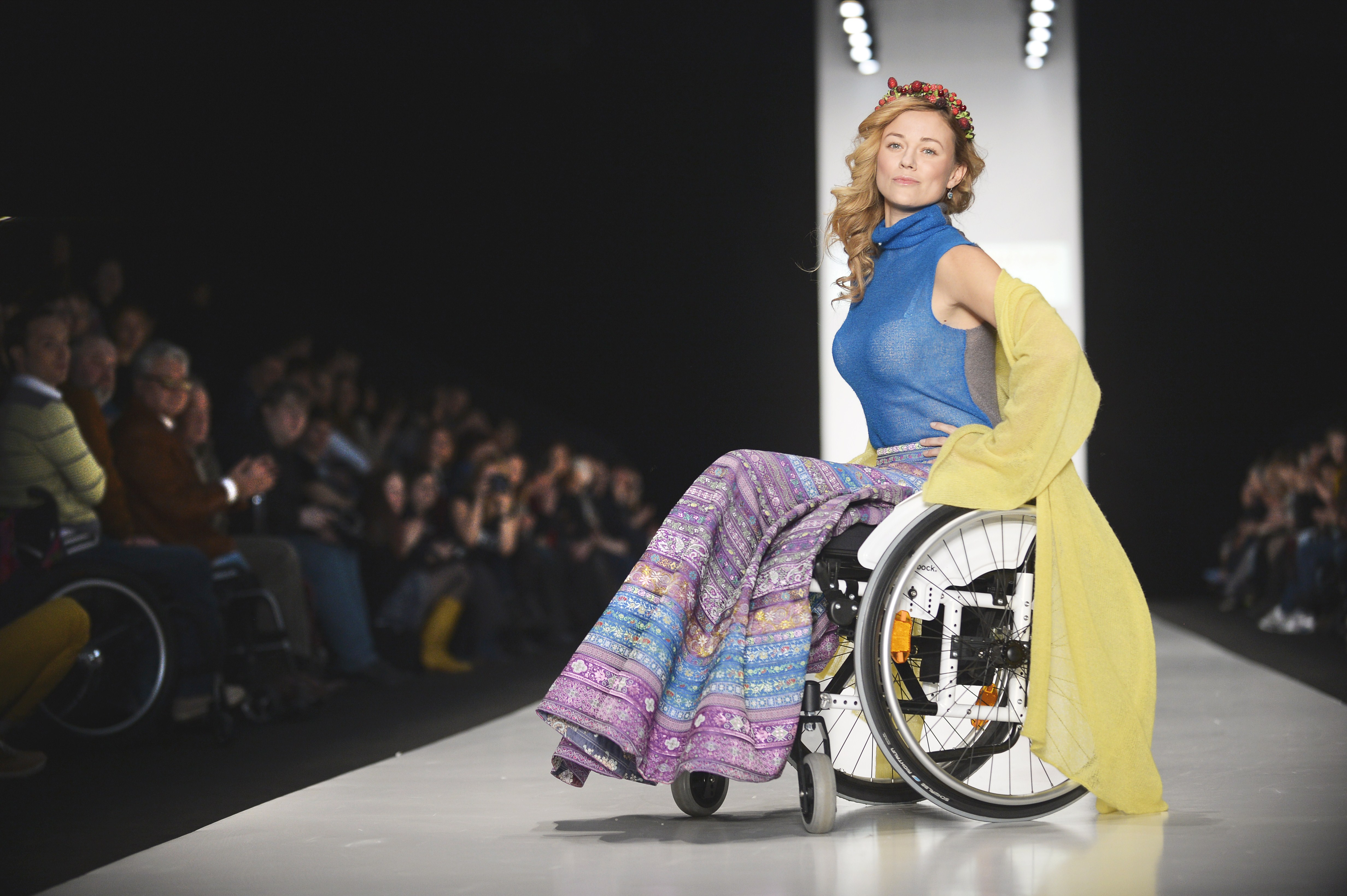 FASHION-RUSSIA-DISABLED