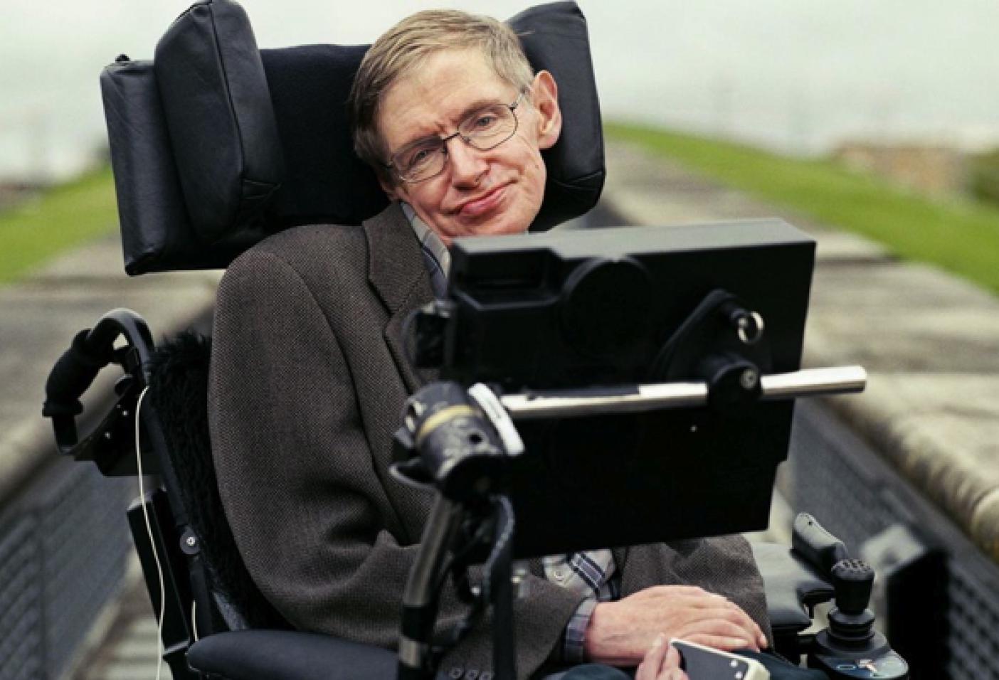 Stephen Hawking: la salvezza dell'umanità?