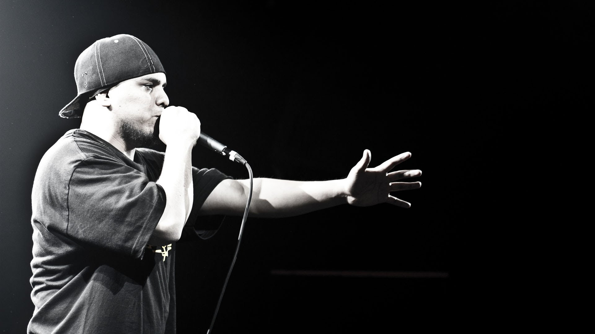 """""""Volevi il rap"""". FABRI FIBRA, GUE' PEQUENO, MARRACASH e CLEMENTINO sullo stesso palco"""