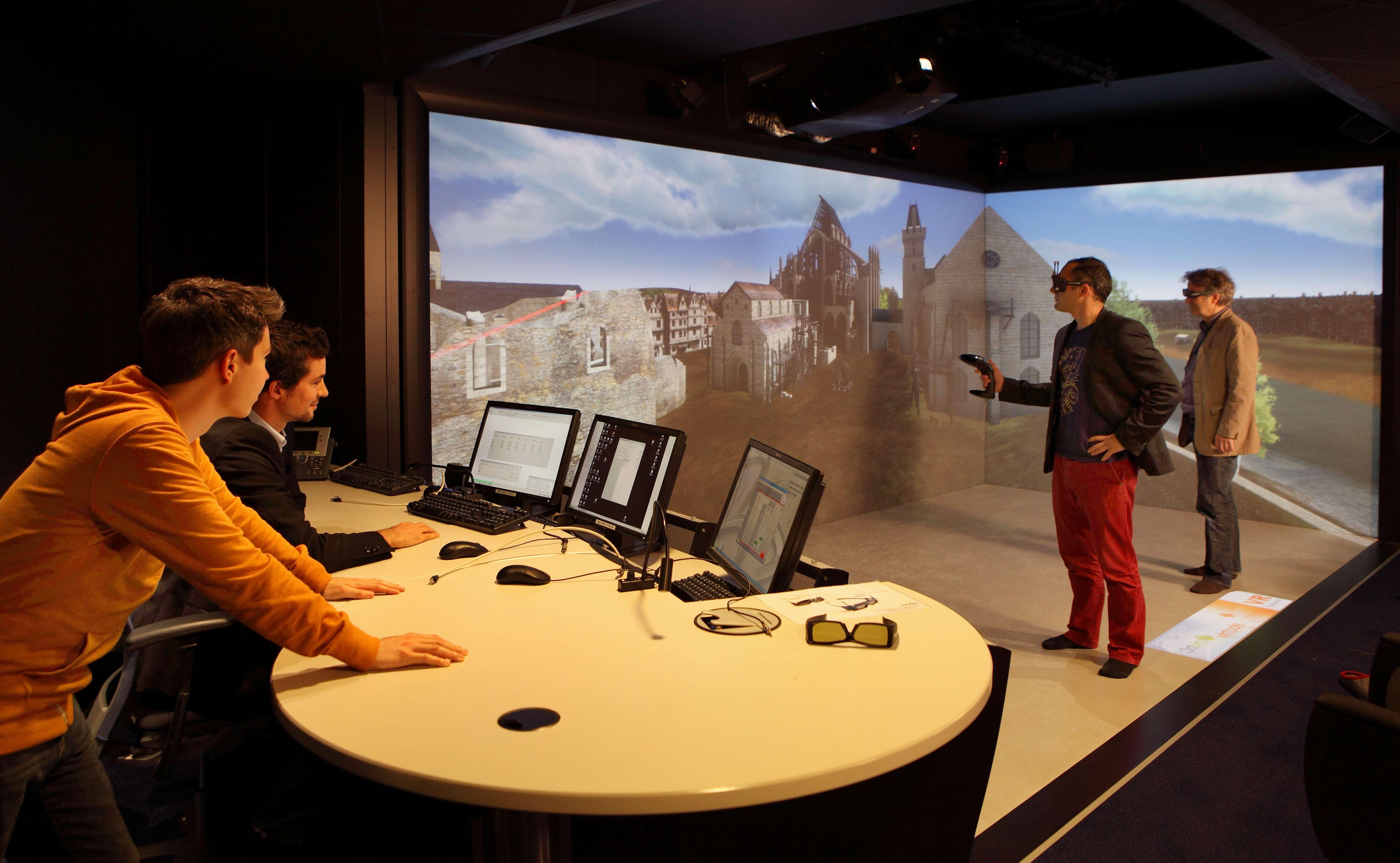 La realtà virtuale potrebbe aiutare le persone paranoiche a superare le loro paure