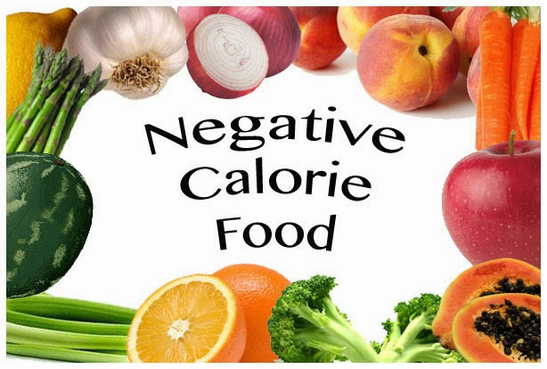 """I 9 cibi a """"calorie negative"""" che fanno dimagrire mangiando"""